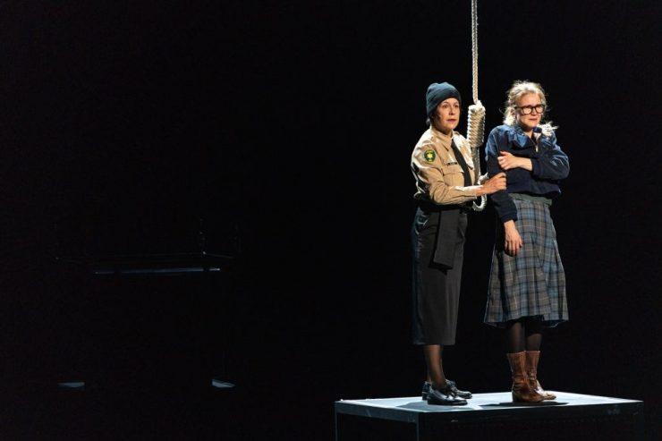 Thalia Theater Hamburk: Tanec v temnotách (foto KIVA)