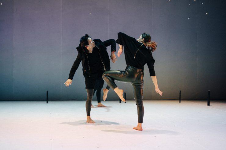 Divadlo Štúdio tanca: BESI (foto V. Veverka)