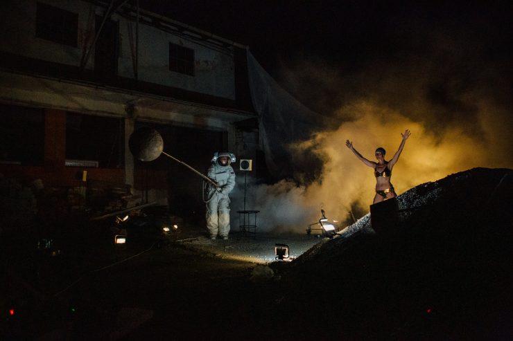Muž v skafandri (foto J. Michel)