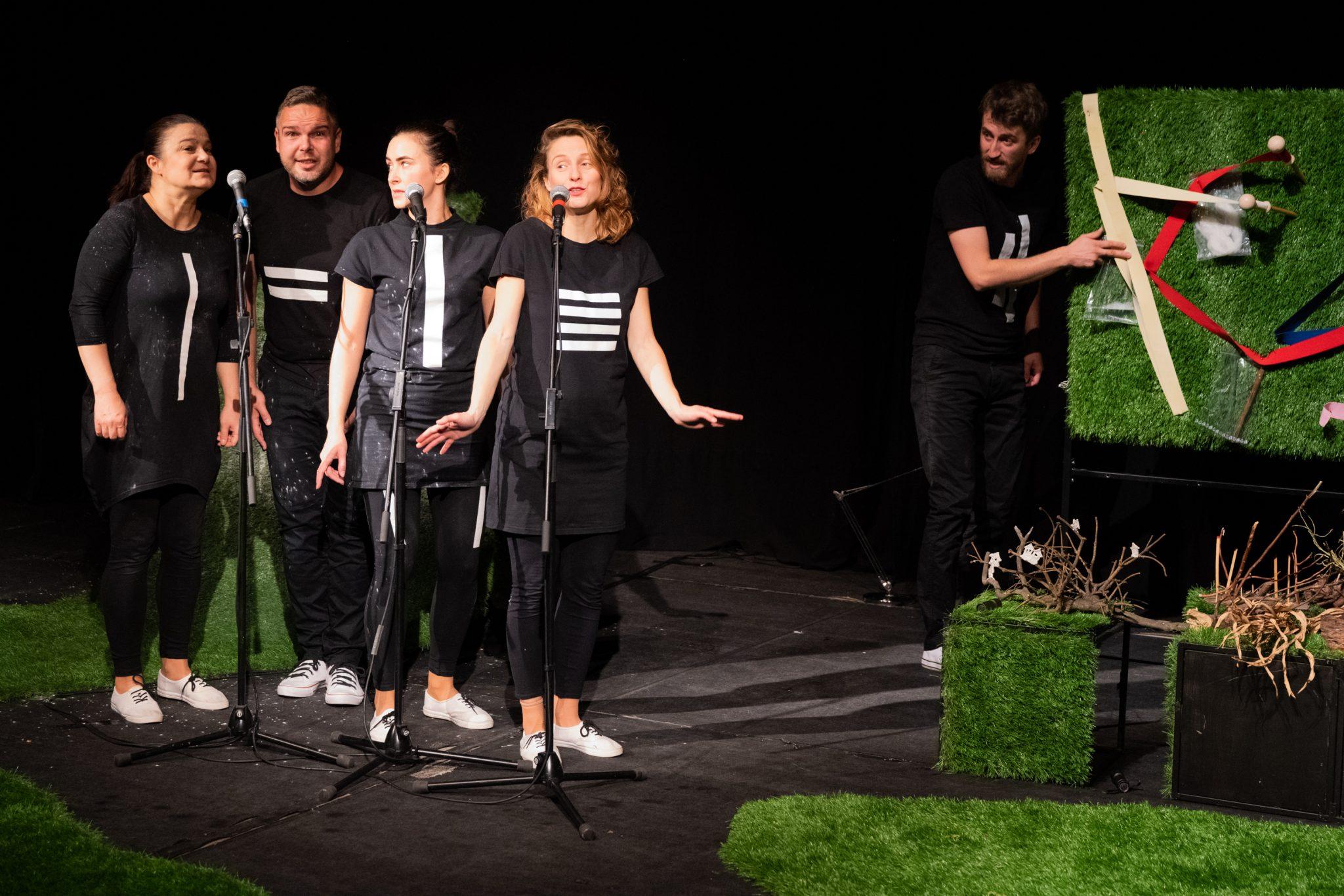 Bratislavské bábkové divadlo: Neviditeľní (foto B. Konečný)